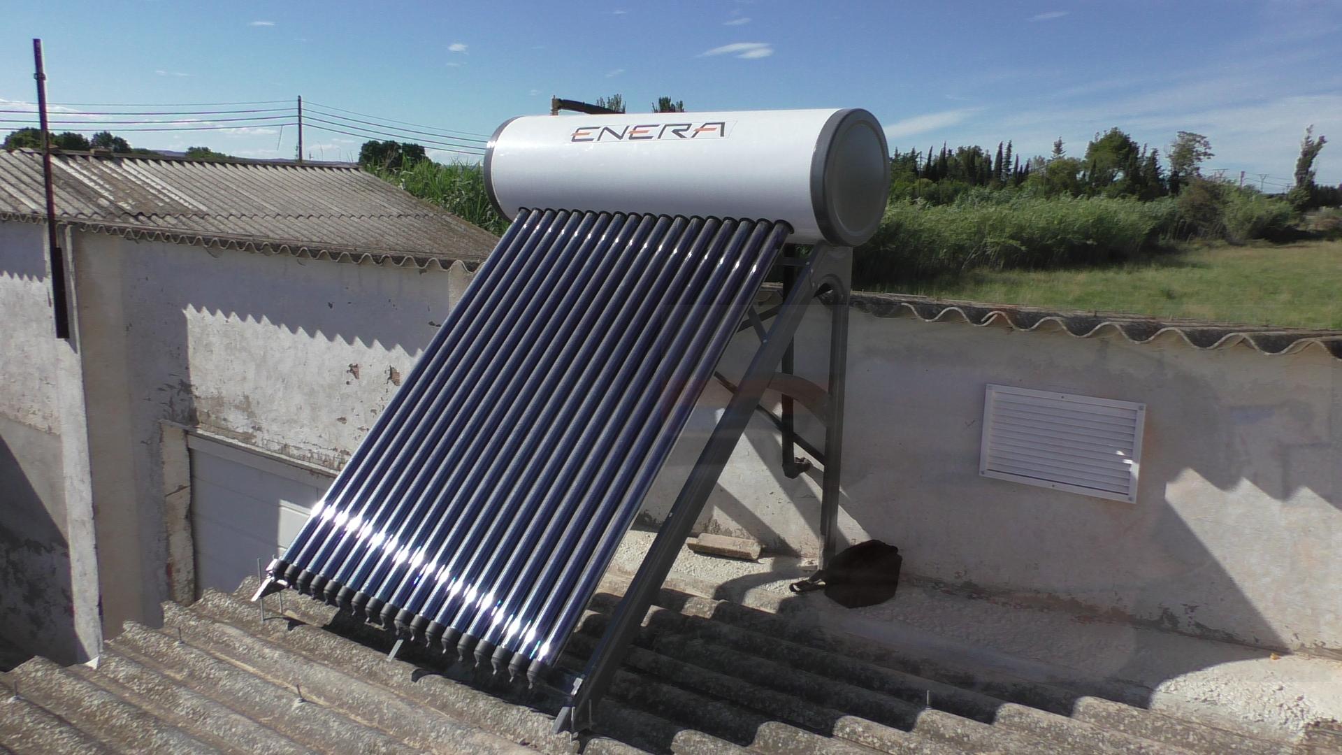Instalacion de un calentador solar de agua